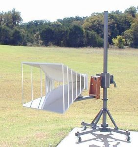 Figure 8. The traditional 200-MHz to 2-GHz dual-ridged horn antenna.