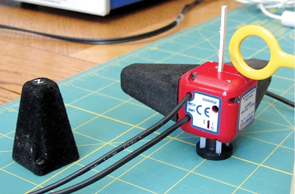 "Figure 9. The simple setup used to measure several near field probes. The protective shroud around the ""Z-axis"" antenna was removed to allow the probe to come with 2mm of the antenna element. This helped simulate applying RF fields close to a circuit trace."