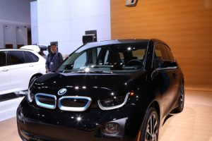 BMW-i3-Shadow-Sport-Edition-LA-Auto-Show-2-e1447883190956-750x500